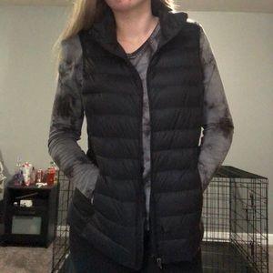 Black bubble vest
